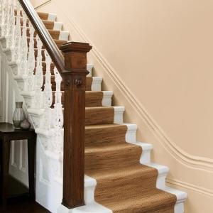 Пoчистваща се боя Crown Hall&Stairs Warm Cream